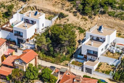 Vivienda pre-industrializada de 3 alturas en Terrassa, Barcelona